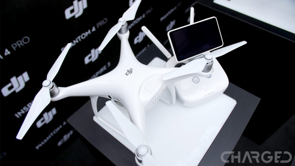 dji-phantom-4-pro-ch-featured-with-remote