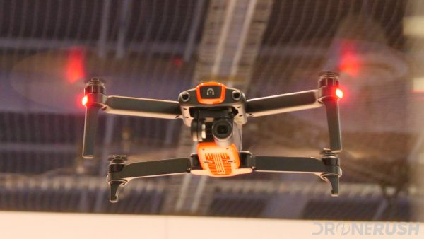 CES 2018 dr Autel Robotics Evo flying front