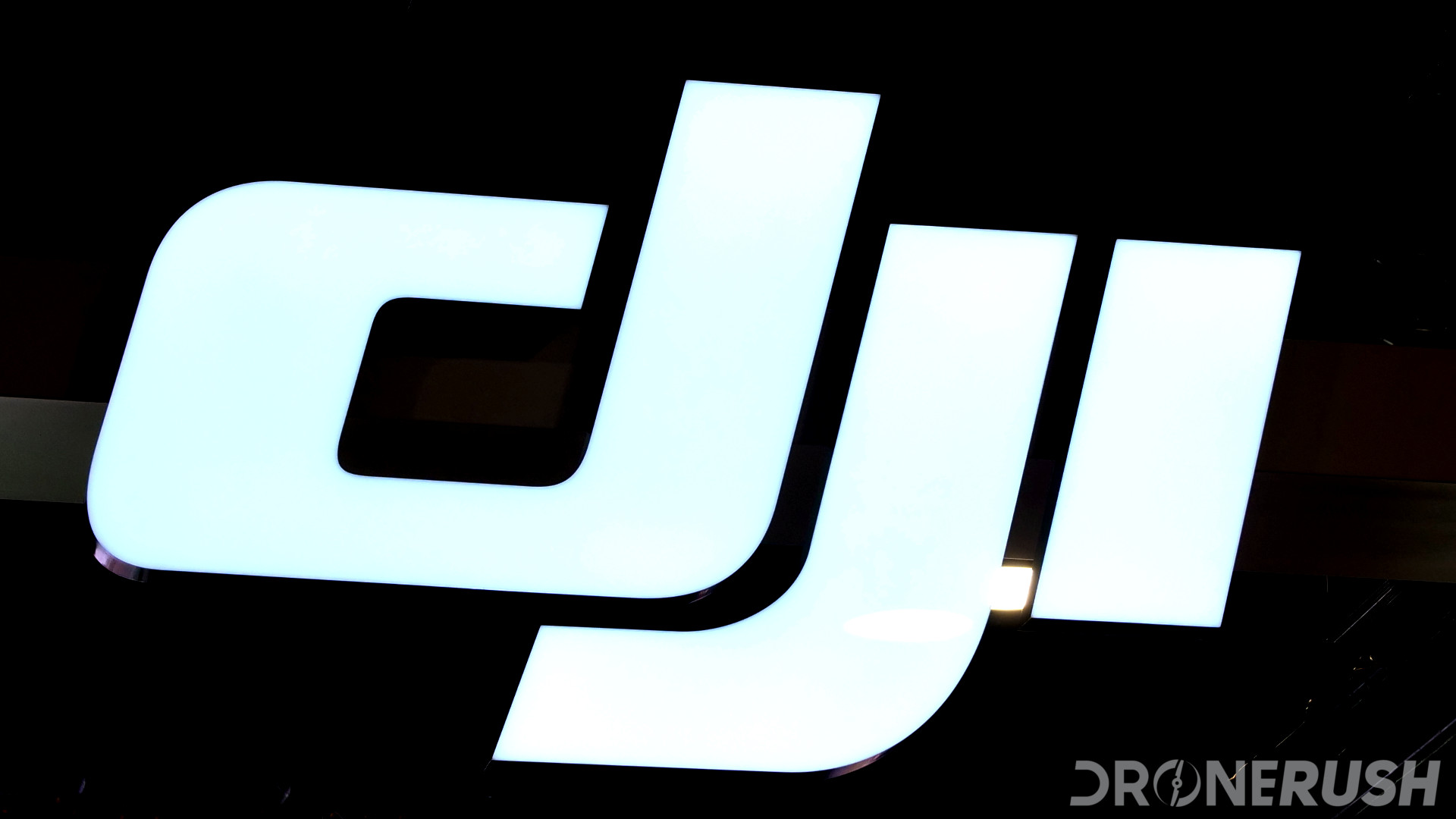 CES 2018 dr DJI booth logo