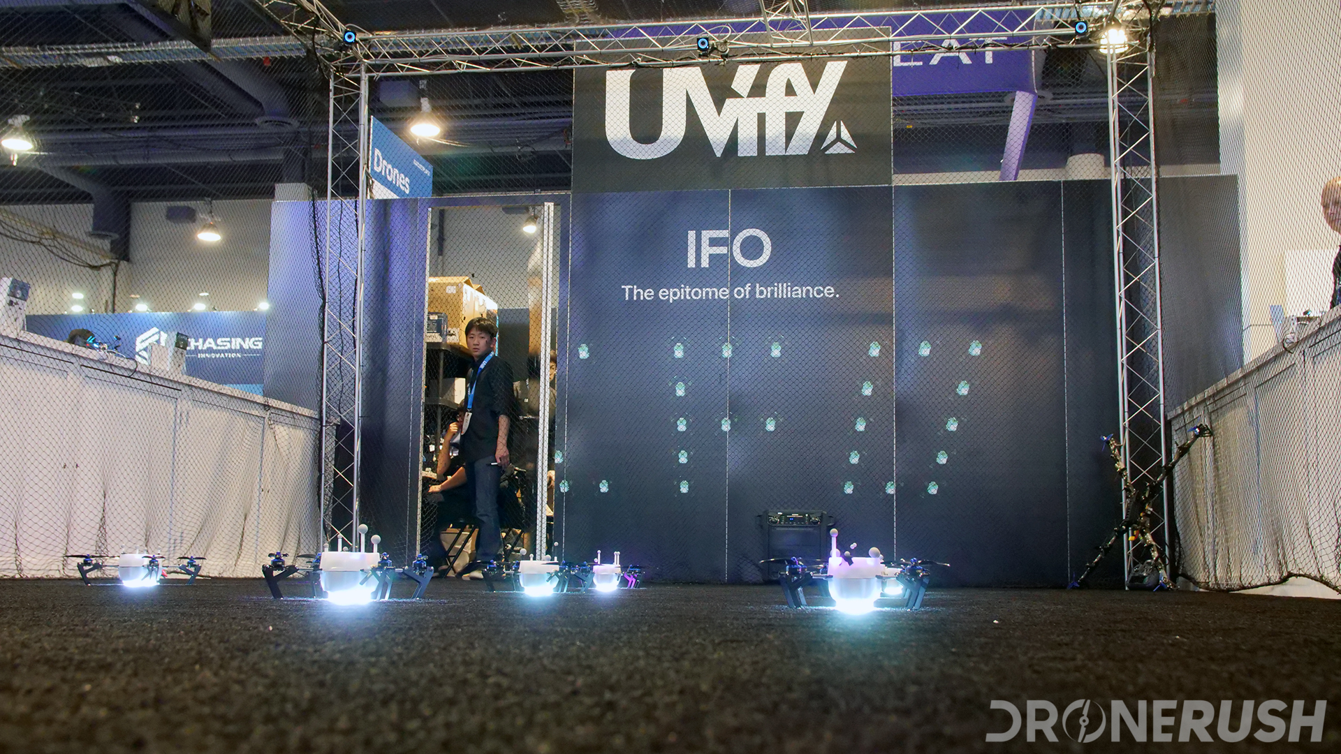 UViFY light light drones CES 2019