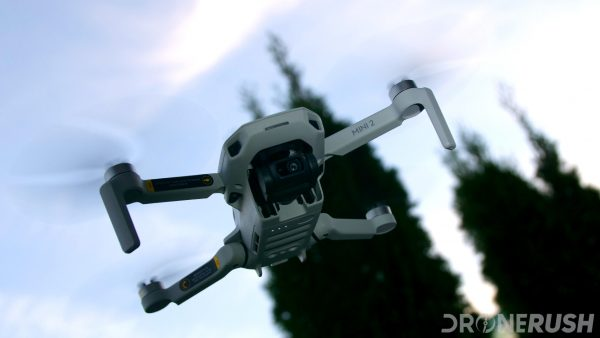DJI Mini 2 flying angle sky